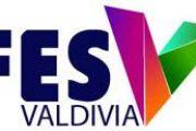 Valdivia celebró su Primer Festival de Emprendimiento junto a destacados expositores y un  potente show musical a orillas del Calle – Calle